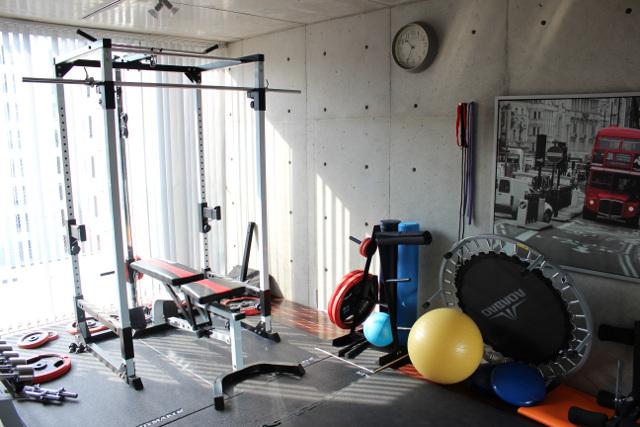 """大阪でダイエットをするためにジムで「""""パーソナル""""トレーニング」を始めるならアレグリアへ~マンツーマンで指導~"""
